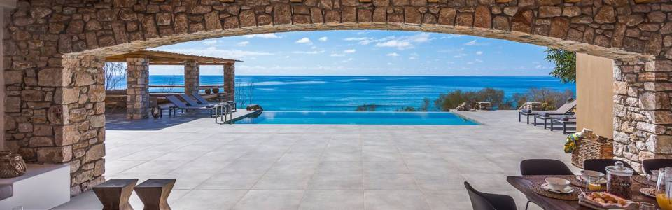 beach-house-arvi-00064-1-960x300-2